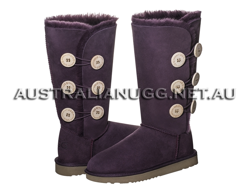 AUSTRALIAN UGG ORIGINAL Classic Twin Button Tall ugg boots